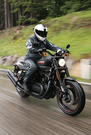 Fahrtipps - Motorradfahren im Regen