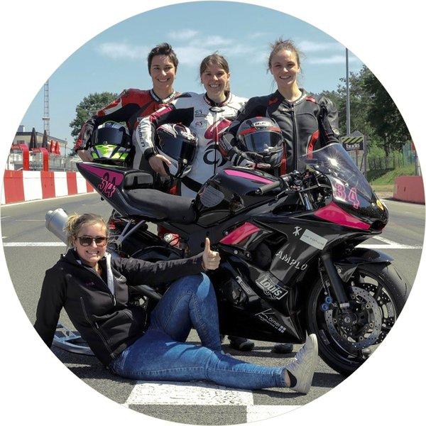 Crazy Pink Flames – Ladies Team