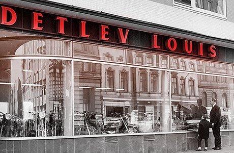 Detlev Louis w1961r. zsynem Stephanem przed sklepem przy Rentzelstrasse7