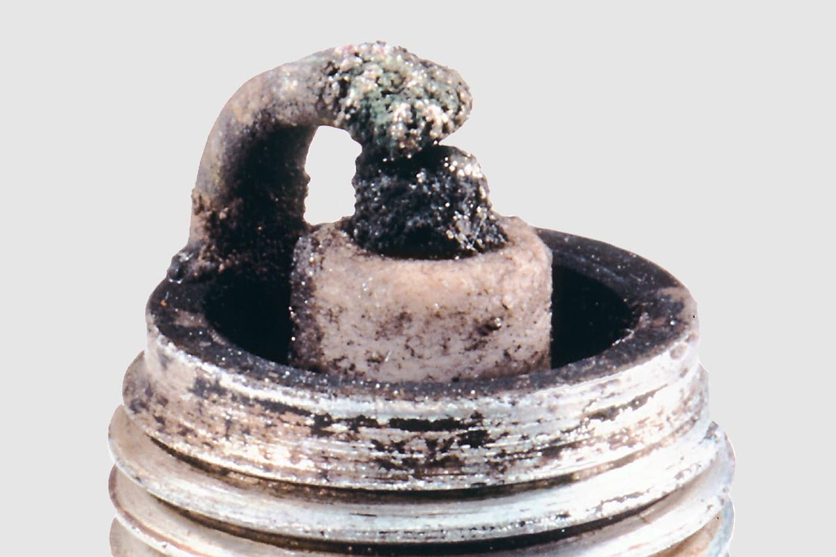 Fig. 5 – Spark plug with melting