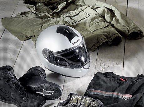 Motorrad Bekleidung & Helme