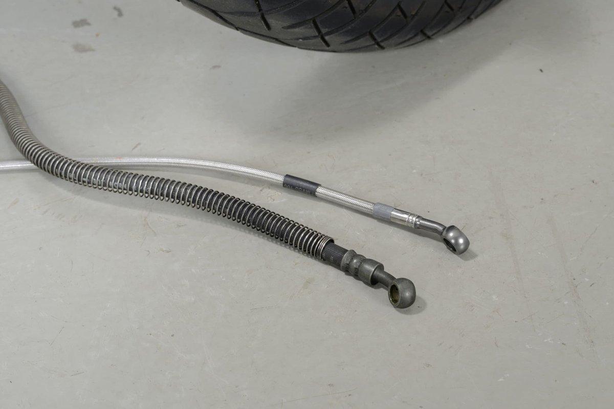 Step 3: Compare brake hoses