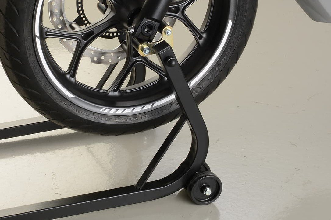 This universal adapter can be fitted to many different fork feet