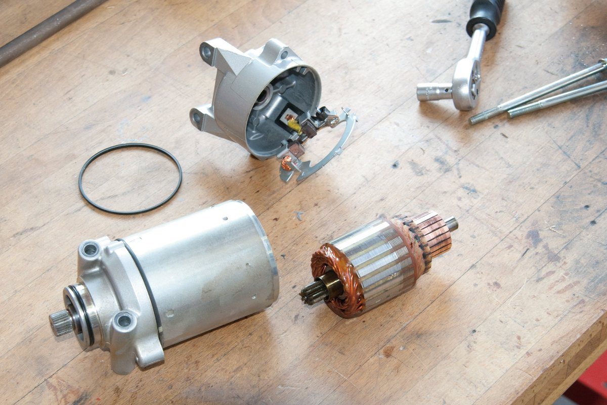 Step 2, Fig. 1: Dismantled starter motor