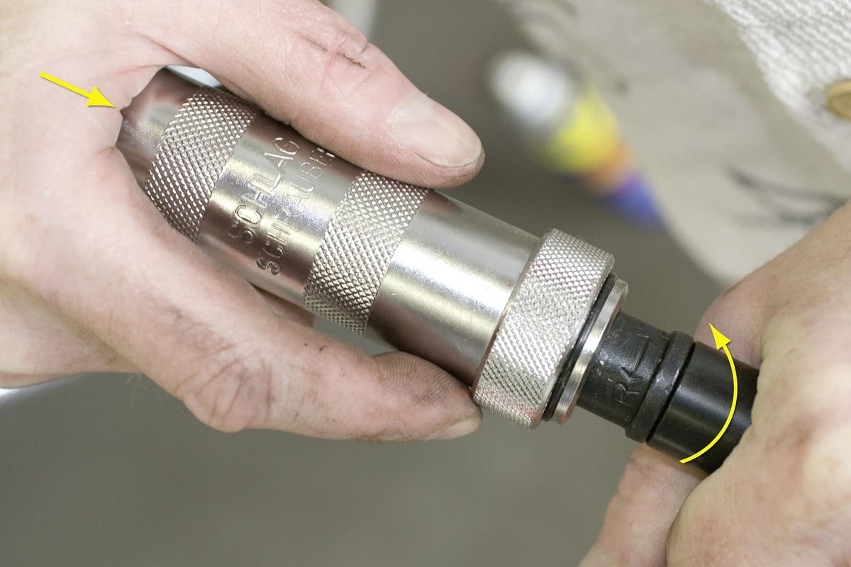 Set impact driver to correct direction...