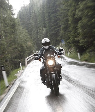 Driving tips - motorcycling in the rain